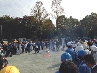 LPガス消火訓練、冷媒ガス(アンモニア)漏えい処理訓練など