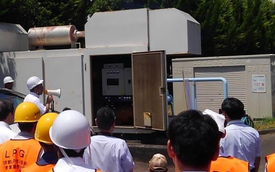 停電を想定し、非常用LPガス発電機稼働させ、充填機が正常に稼働することを確認