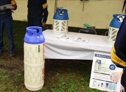 ・FRP容器の展示